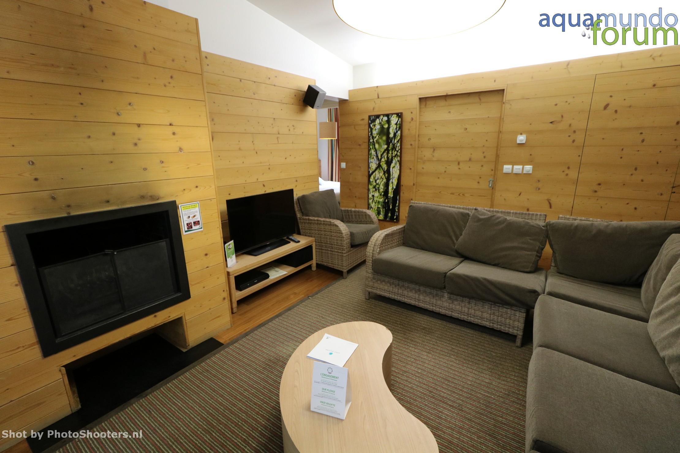 Center Parcs Les Hauts de Bruyeres 12P VIP Cottage (38).JPG