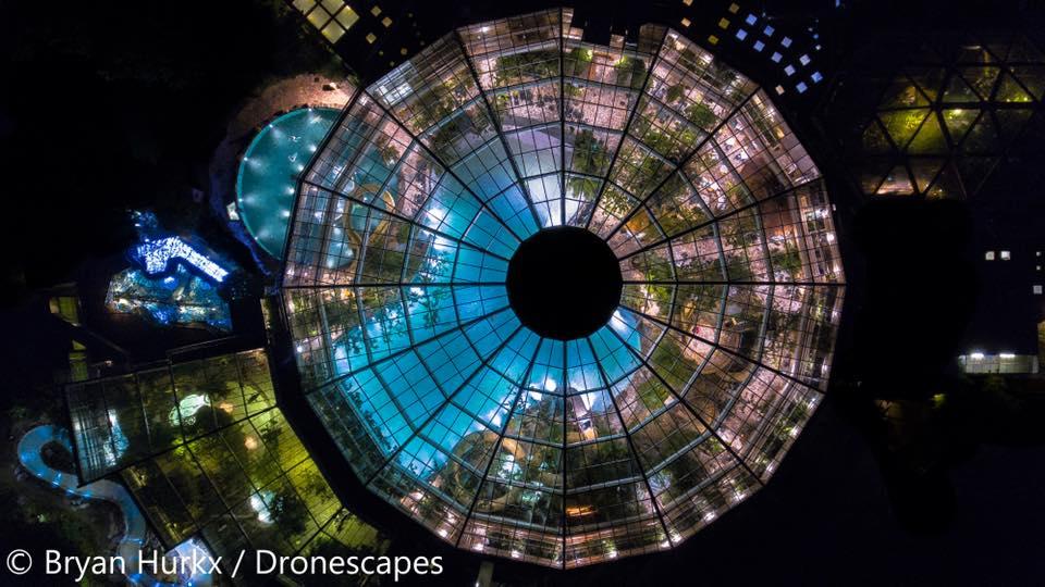 DronescapesNL Aqua Mundo De Kempervennen bij nacht 2.jpg