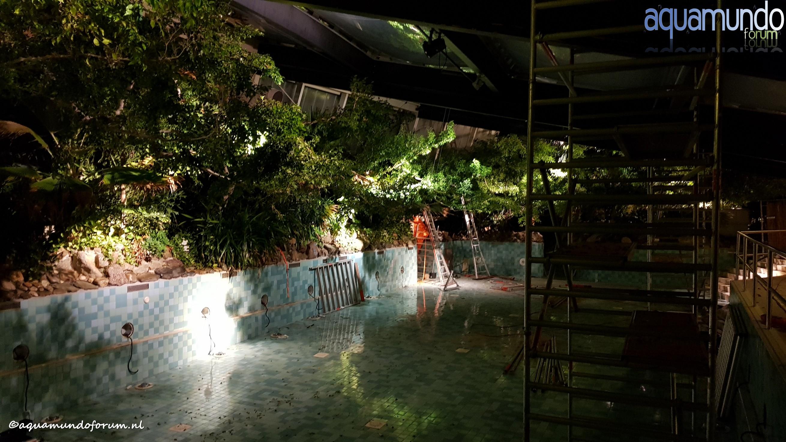 Onderhoud 25 meterbad Aqua Mundo Center Parcs De Huttenheugte (5).jpg