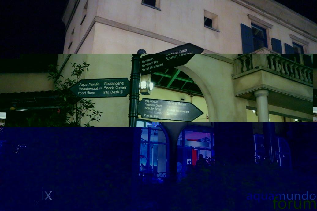 Market Square Center Parcs De Eemhof Bij schemering en avond-3.jpg